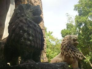 prasat tao_lions
